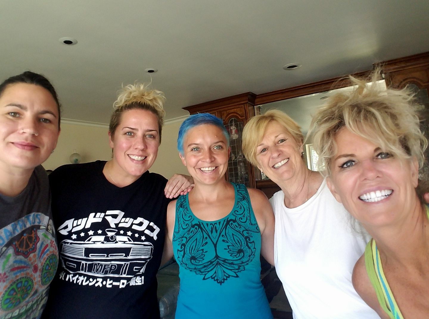 Private Yoga with (from L to R) Hannah, Julz, myself, Karen, and Leanne. What a beautiful way to spend a morning.